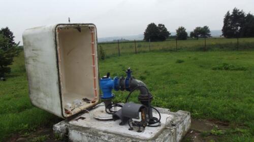 Zdjęcie 2 Studnia nr 2 ujmująca wodę z dolnego triasu, razem ze studnią nr 1A osiągają maksymalną wydajność Q=50m3/h